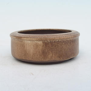 Ceramic pots