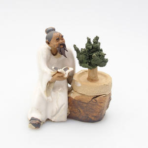 Ceramic figurine - Bonsajista, E