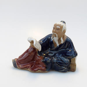 Ceramic figurine - Reader