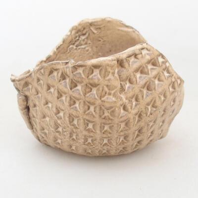 Ceramic shell 7 x 5.5 x 6 cm, beige color - 1