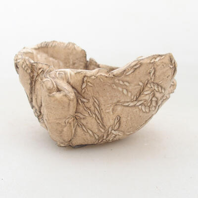 Ceramic shell 7.5 x 6.5 x 5 cm, beige color - 1