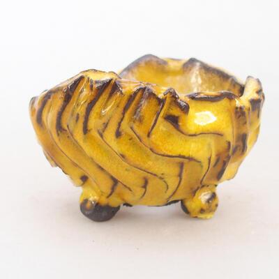 Ceramic shell 7 x 7 x 5.5 cm, color yellow - 1